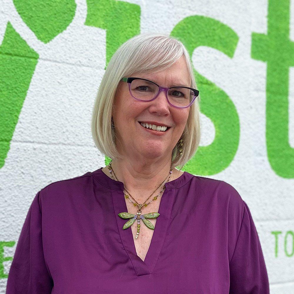Dilsey Cassel - viste Executive Assistant
